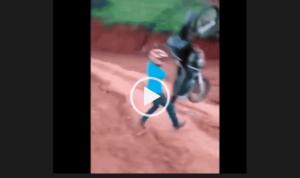 Нарезка смешных видео приколов с мотоциклами