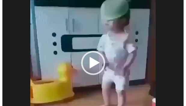 Маленькие клево дети танцую. Невероятные танцы от маленьких деток. Супер видео.