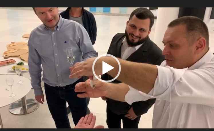 Купюра и шампанское. Невероятный фокус. Фокусы 2020 года.