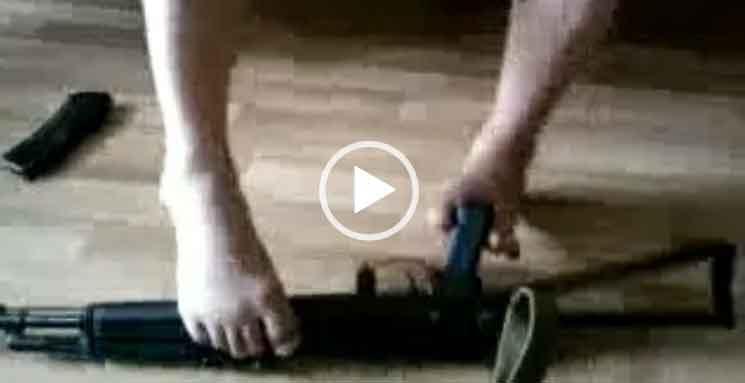 Разобрал и собрал автомат ногами