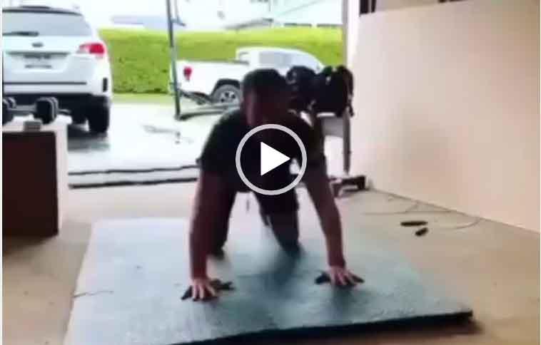 Упражнение для позвоночника видео прикол