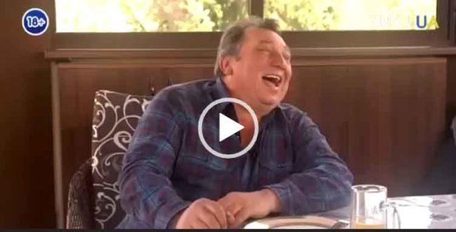 Смешной анекдот про судью. Скачать видео.