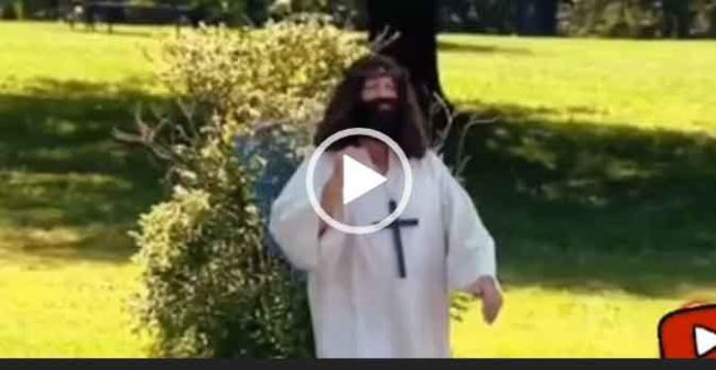 Интересное видео про Иисуса Христоса скачать для ватсапа.