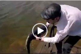 Серго поймал рыбу. Ржачный прикол на рыбалке.